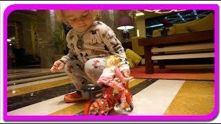 Barbie pe Bicicleta! Super jucarie pentru Anabella Show