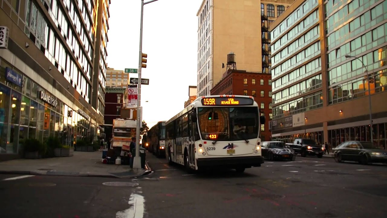 how to get from laguardia to port authority bus terminal
