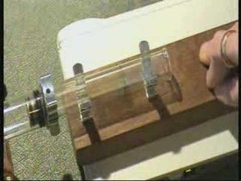 Interesting RESONANT(?) Stirling Engine