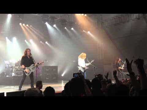 Megadeth Live in Manila, Philippines 2012 - Trust / In My Darkest Hour [HD]