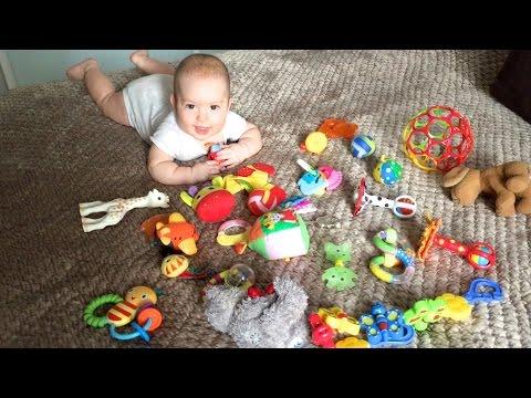 Игрушки малыша 5 месяцев. Прорезыватали/Погремушки