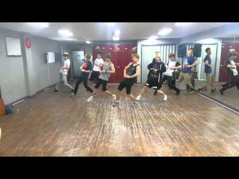 MR MR Waiting For You Dance Practice