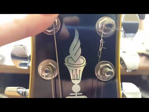 how-to-fix-a-broken-guitar-string-(works!)