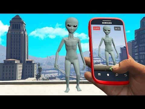 Finding An Alien UFO Ship.. (GTA RP)