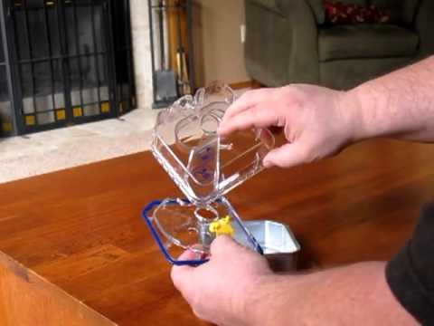 Opening the ResMed H5i Heated Humidifier Disposable Water Chamber [www.keepvid.com].flv