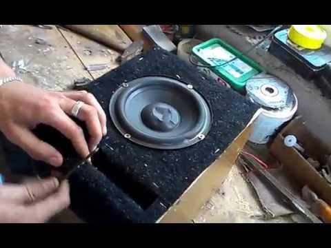 плоский компактный активный саб в авто - YouTube