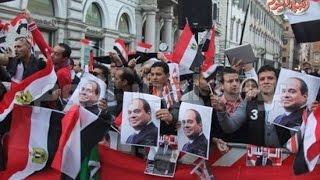 أخبار اليوم | المصريون يهتفون للرئيس السيسي وأجانب بملابس فرعونية لاستقباله بنيويورك