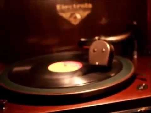 Restored 1928 Victor Victrola Electrola VE7-26X Serial 7147 Playing Jerry Lee Lewis