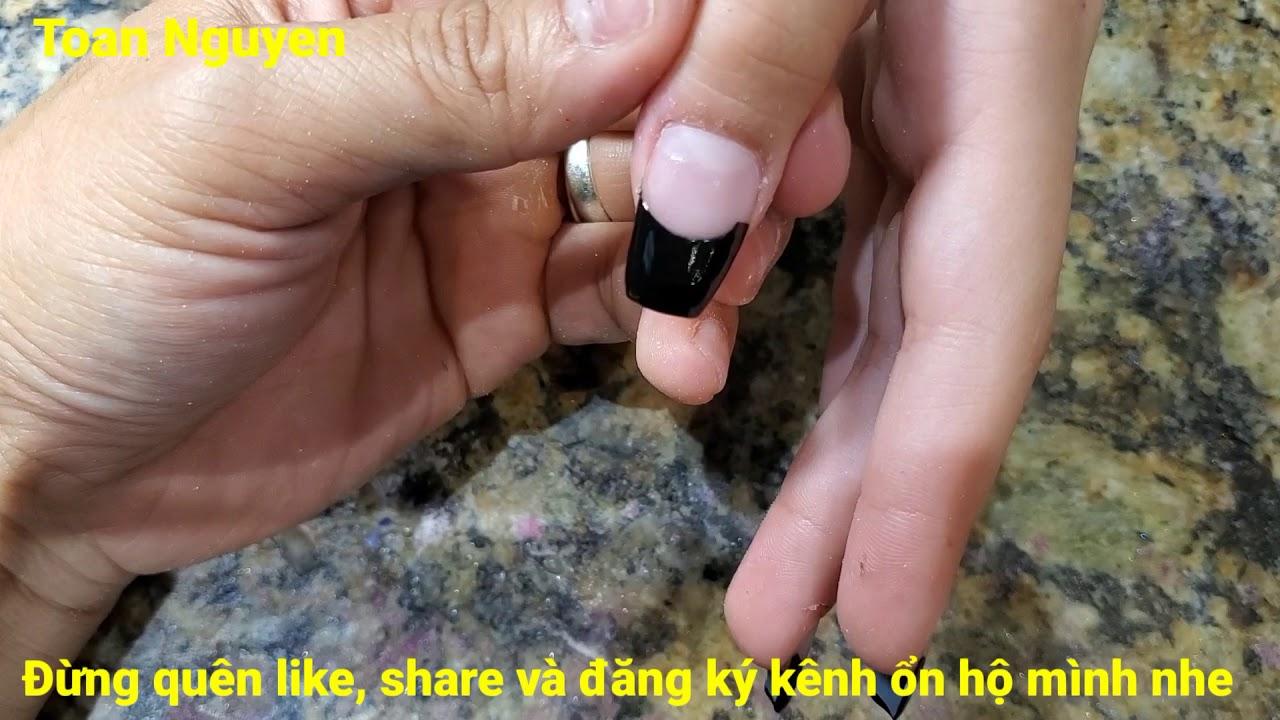 Cách làm nails đơn giản 151: cách vẽ French màu đen trên móng bột