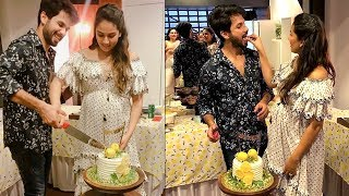 Shahid Kapoor Celebrates BABY SHOWER for Mira Rajput Kapoor | Bollywood Couples