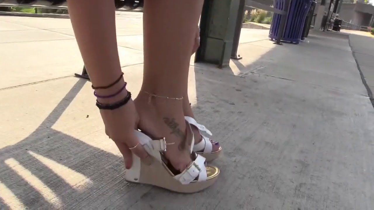 Download For those who are attracted to female feet   most beautiful feet novo