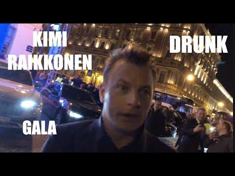 ¿Llevaba Raikkonen alguna copa de más en la gala de la FIA?