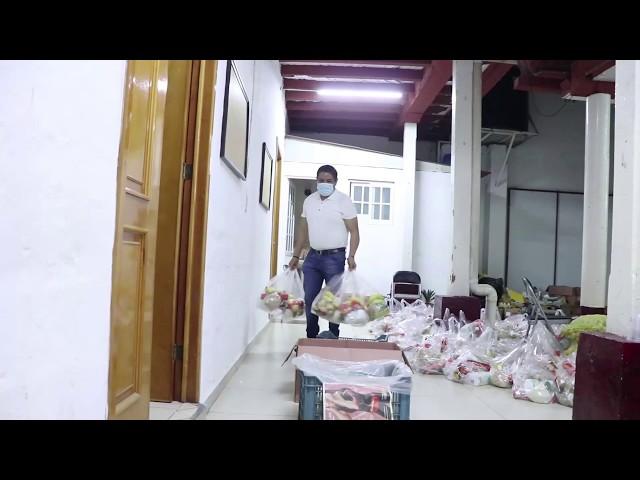 Preparación de despensas  para entregar a grupos vulnerables del municipio de Uruapan