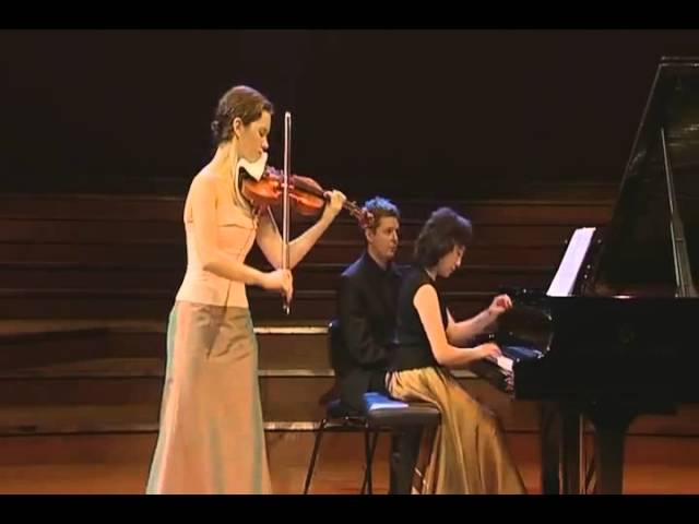 hilary-hahn-mozart-violin-sonata-no-18-in-g-major-k-301-classical-vault-1