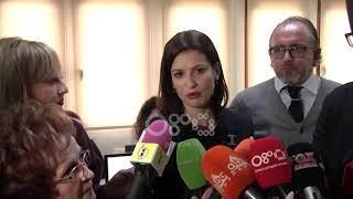 Ora News - Tokat në bregdet, Gjonaj në Vlorë: Mbivendosja, problemi i madh