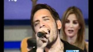 Gianluca Capozzi - Io che non vivo @ NumberTwo 11-04-11 HQ