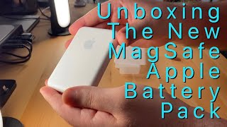 Unboxing The New MagSafe Apple Battery Pack
