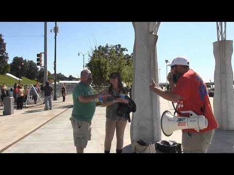 Beale St 2017 Street Preaching - Dealing w/Pagans, LGBT Supporters, Etc | Kerrigan Skelly