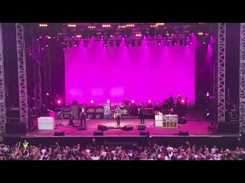 Noel Gallagher's High Flying Birds - Half The World Away Scarborough Open Air Theatre 06.07.2018