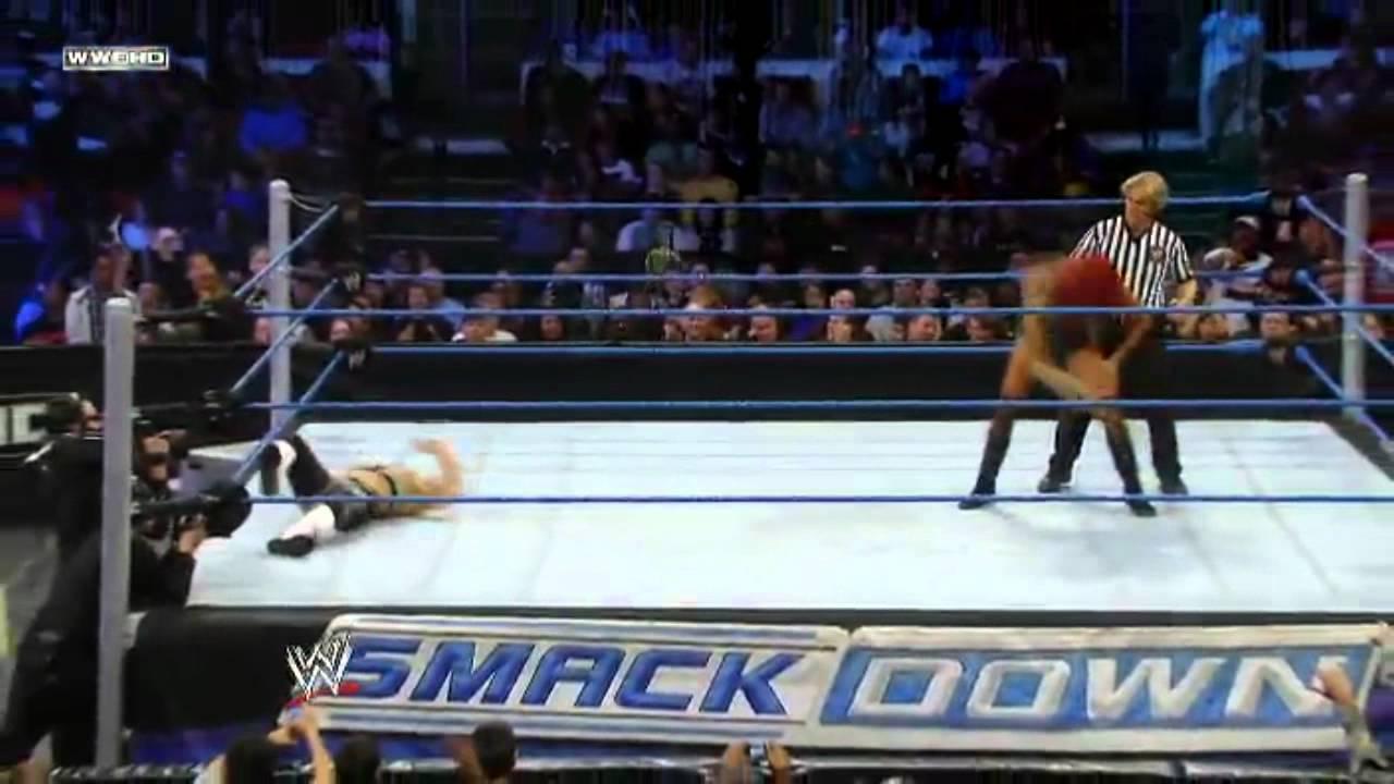 Wwesmackdown20111216 Alicia Fox Vs Natalya - Youtube-2195