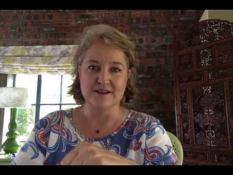 Sarah Babb | Women in Leadership | Module 2 | RoundUp