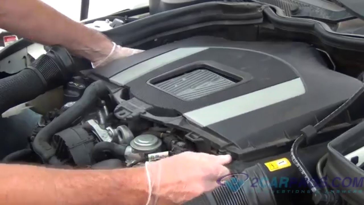 Air Filter Replacement 2008 2013 Mercedes Benz C300 Youtube