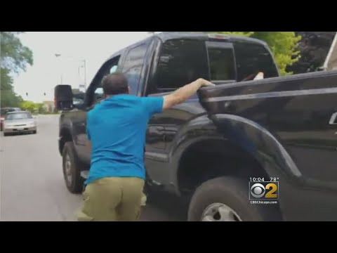 Susana Mendoz Films, Confronts Man Leaving Crash Scene