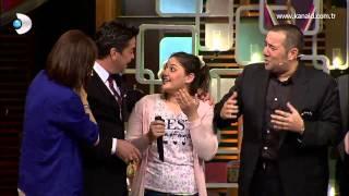 Beyaz Show'da heyecanlanan kız!