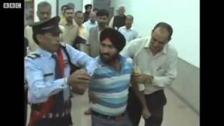 Man slaps India's agriculture minister.flv