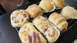 韋太手搓麵包課程 - 堂上出爐麵包彈力測試