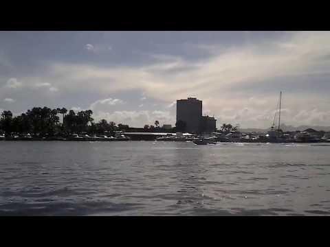 Entrando a la Bahía de  Carenero