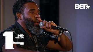 "Pharoahe Monch Brings Heat To The Stage With ""Simon Says"" & ""Oh No"" 