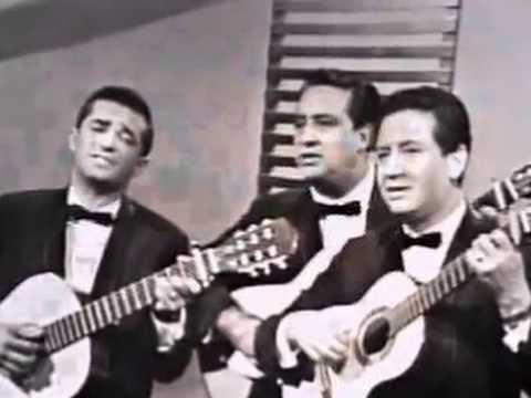 Trio Los Panchos ~ Bésame Mucho. With Lyrics