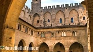 Le Palais des papes à avignon (les plus beaux monuments de France, notrebellefrance)