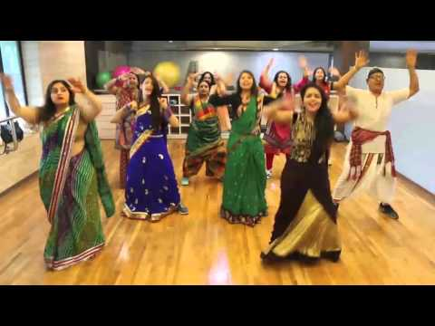 Zumba in SAREE! Traketeo- ZIN 56 by 5th Gear Fitness and Phedora the studio