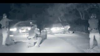 비번 미국 경찰이 연루…