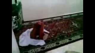 Miracle of Allah, Prayer Mat Praying by itself