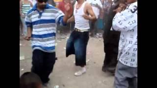 Cholos Bailando El Chuntaro Style.wmv