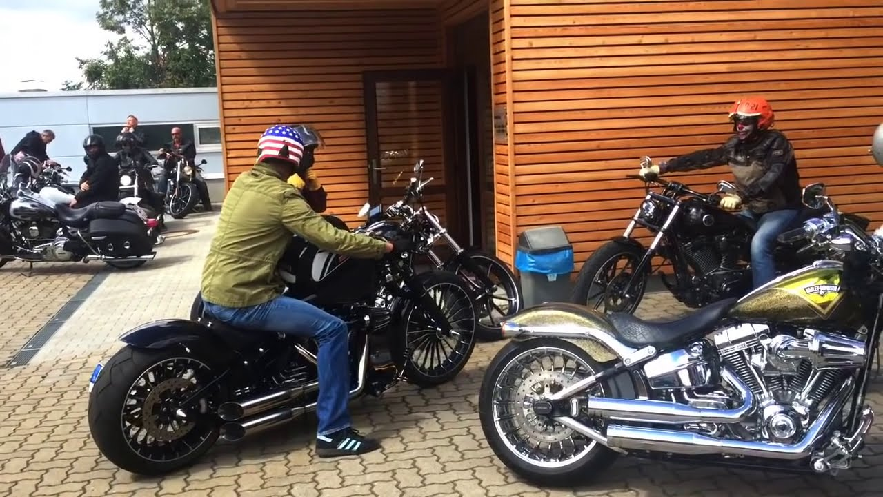 BEST CUSTOM OF HARLEY DAVIDSON BREAKOUT Built by H-D Würzburg ...