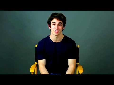 Zachary Gordon Endorses The Long Haul, Why He Can't still Play Greg Look at his arms