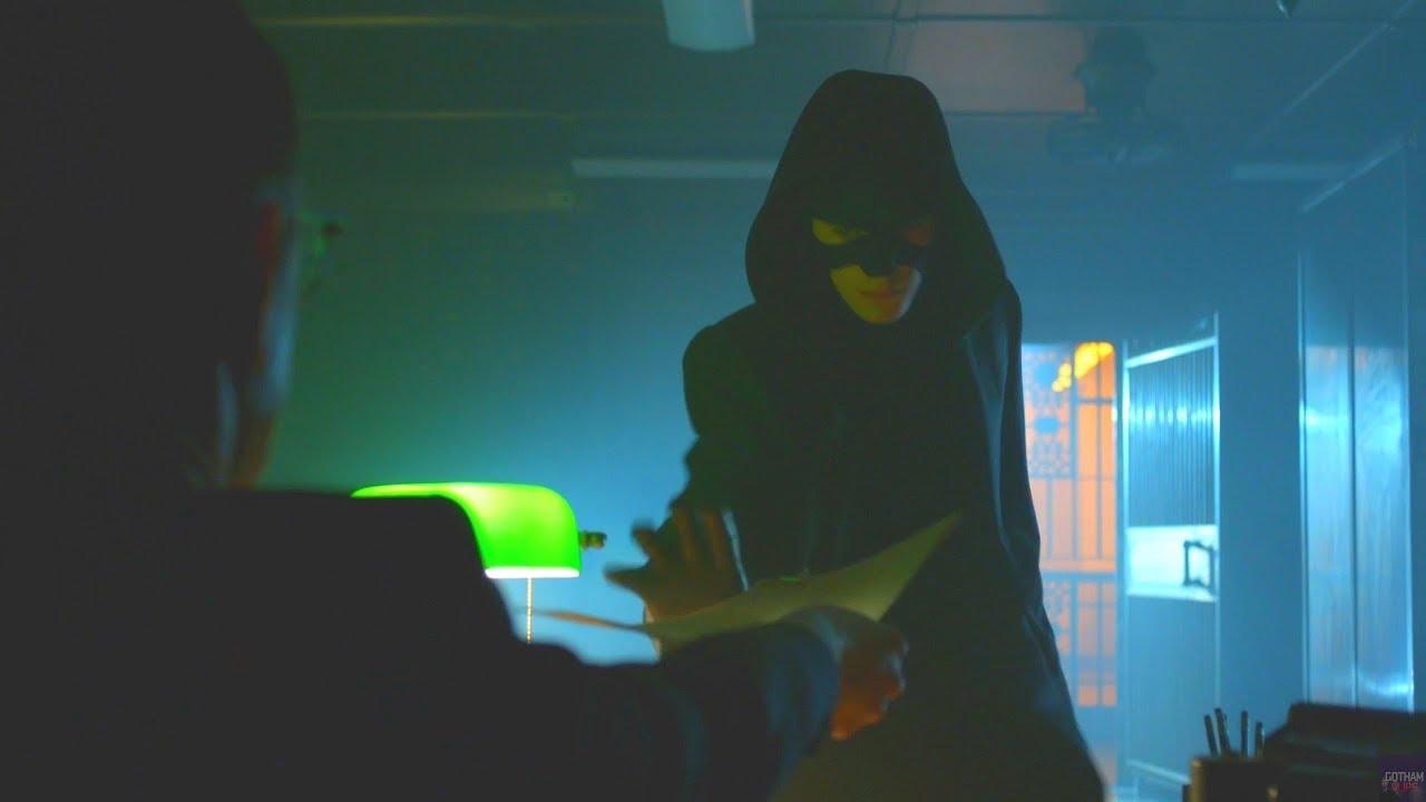 Download Bruce Steals The List   Season 4 Ep. 01   GOTHAM 1440p