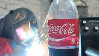 Сварка на кока-коле. Генератор углекислого газа \\ Welding on Coca Cola. Generator of carbon dioxide(В данном видеоролике мы решили показать, как в домашних условиях можно сделать генератор углекислого газа..., 2016-06-06T23:29:27.000Z)