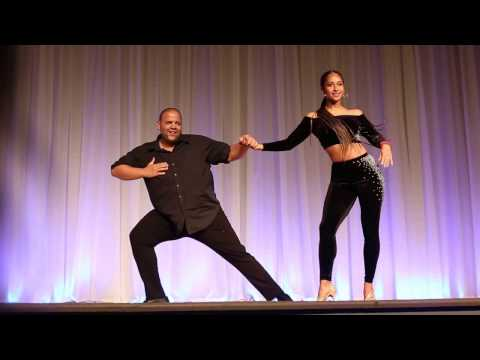 Alex & Desiree: Sexy Dominican BACHATA Performance in Miami