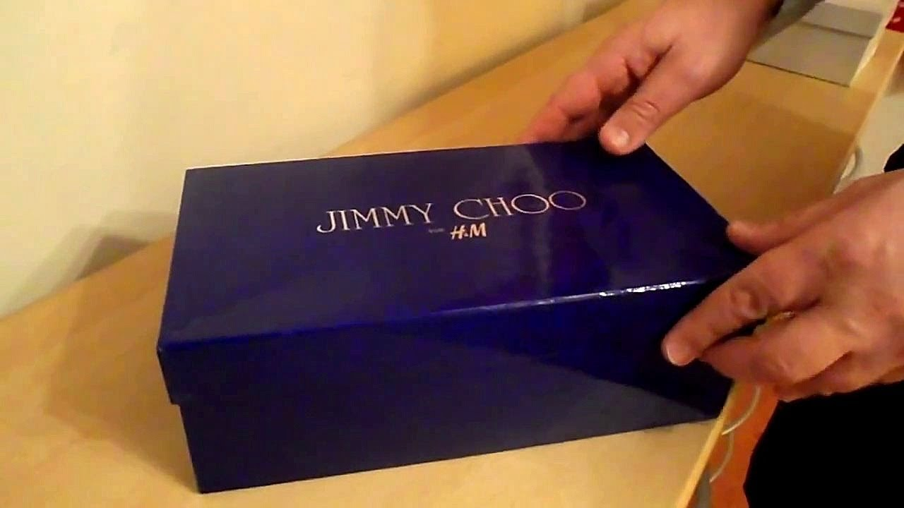 73d5ef194c HOW TO TELL THE DIFFERENCE BETWEEN FAKE COPIES & REAL JIMMY CHOO SHOES