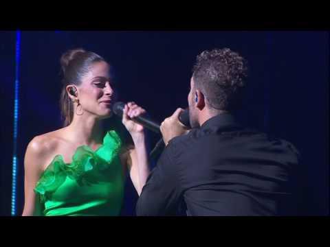 Tini Stoessel y David Bisbal cantando Todo Es Posible en el Teatro Real