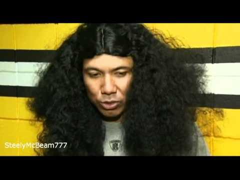Hines Ward wearing Troy Polamalu hair (10.28.10)