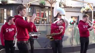 Teenage Dirtbag from Back Chat Brass has audience laughing in Aberdeen City Centre 2019