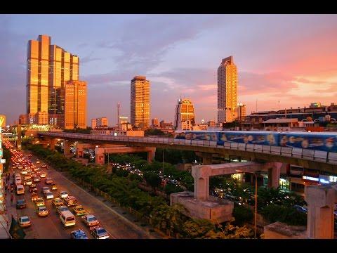 360 video - Bangkok, Thailand - Platinum market Shopping centre