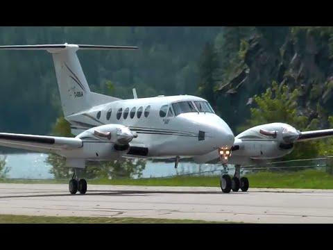 Beechcraft Super King Air 200 take off