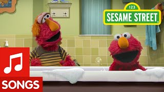Sesame Street: Bathtime Bop Song with Elmo and Louie | #CaringForEachOther